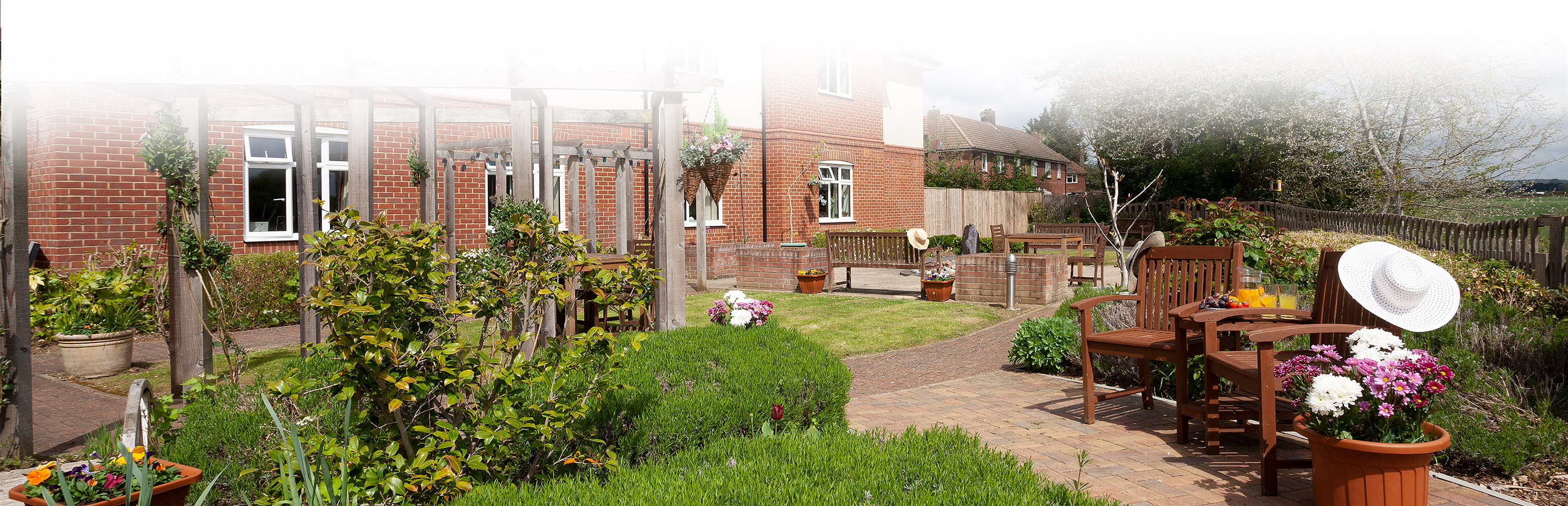 Outdoor plants and flowers at Stowford House Care Home Abingdon